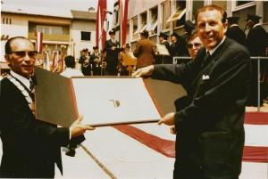 001 Stadterhebungsfeier 16. Juni 1974 Landeshauptmann Dr. Erwin Wenzl und Bürgermeister Franz Hannl