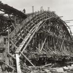 005 Bau der Bogenbrücke (1932)